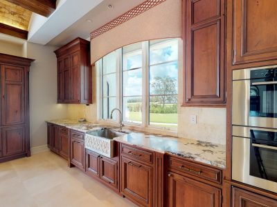 European Estate Cabinetry & Custom Built-in Furniture